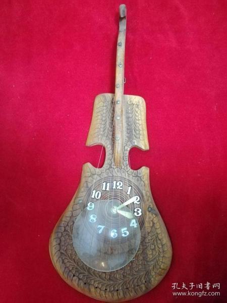 (钟表)琴造型摆件,具体见图