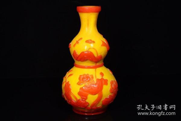 琉璃套料手工雕刻葫芦瓶l