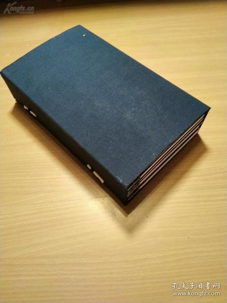 特别少见的清代文人诗文集《天奇阁诗文》一函六册。有许多清代名人的题辞,有林则徐的序,比较有意思的书。
