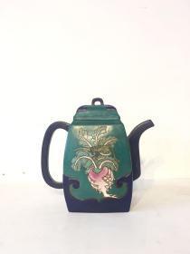 精品 五彩紫砂壶一把画工精细,色彩鲜明,器型精致大气,保存完整,可正常使用!
