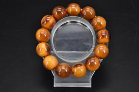 (乙9623)《手串》一条 单珠直径:1.8cm,顶级材料制作,总重量:51.62克。手串周长:24cm。手串有松紧。