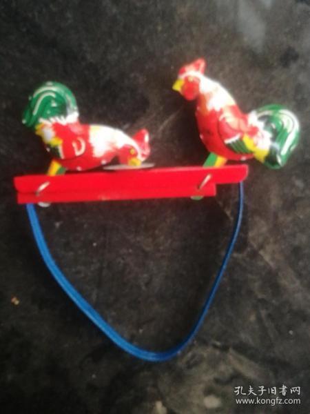 铁皮玩具鸡