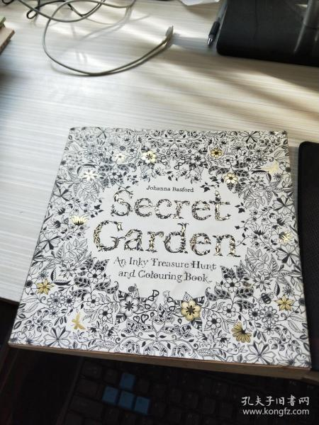 Secret Garden:An Inky Treasure Hunt and Coloring Book