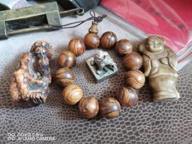 杂项4件,黄杨木猴子 黄楸木手串,白铜印章,和合玉人。