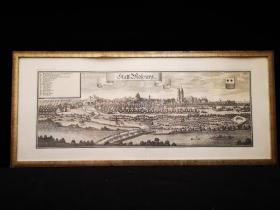 1660年 古代大幅超长铜版地图 Statt Molpurg 中世纪城市地图,出自史上最著名的制图师Matth?us Merian的代表作《日耳曼尼亚地理志》(Topographia Germaniae)。带框装帧,品相完美,极具历史意义和收藏价值!国际拍卖公司级别,难得一见!