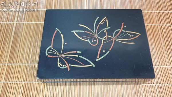 N 0519号  木胎漆盒