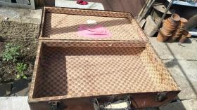 50年代 浙江产老皮手提箱65*36厘米的