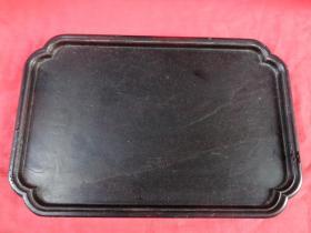 清朝红木托盘一件,长36cm23.5cm厚2cm,重3斤,品好如图。