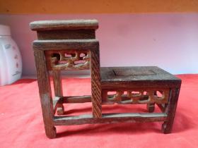 清朝红木底座一副,高低座,长14.5cm6cm,高12cm。品好如图