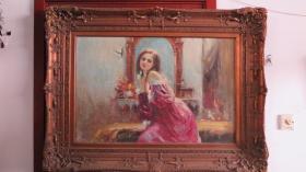 应为名家所绘  女孩肖像画一幅    尺寸60*90厘米画心尺寸   原装原框 画框重约15公斤