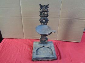 清朝木雕照明油灯,高33cm,长14.5cm15cm,重2斤,品如图。