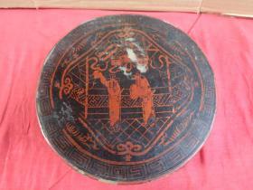 清朝漆器木果盒,圆形,长21cm21cm,高7cm。品好如图。