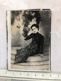 民国时期翻拍照片旗袍美女老照片
