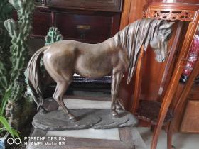 约民国期间  铜雕塑 奔马一个 重约三十斤 应为名家作品  长42厘米高35厘米