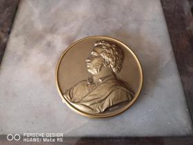 民国或五十年代 外国人物贝多芬?  纯铜制作  摆件一个