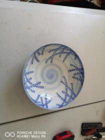 约清代或民国   青花瓷碗一个 带有底款 直径20厘米