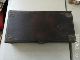 约清代 实木  盒子一个 尺寸 34/17/7厘米 有破损或为紫檀木