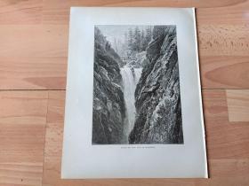 1878年木刻版画《阿尔卑斯山脉的阿勒河大瀑布与瀑布吊桥,瑞士伯尔尼州》(FALLS OF THE AAR AT HANDECK)-- 阿勒河大瀑布位于阿尔卑斯山脉阿勒河谷的群山之中,小镇迈林根附近;阿勒河在此处水流一泻千里,蔚为壮观,令人流连忘返;阿勒河属莱茵河支流,发源于伯尔尼阿尔卑斯山脉,流经迈林根形成了风景如画的阿勒峡谷,注入图恩湖 -- 选自《如画的欧罗巴》-- 纸张尺寸32*25厘米