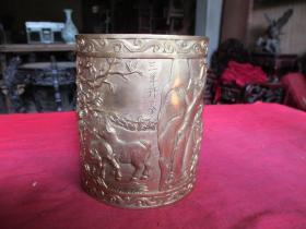 铜器《铜雕笔简》民国,一件,长10cm10cm高13.5cm,重1斤多,品好如图。