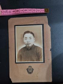 民国三十七年宁波帅哥照片,宁波天胜照相馆。